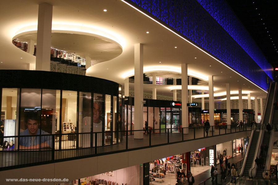 shoppingcenter centrum galerie dresden. Black Bedroom Furniture Sets. Home Design Ideas
