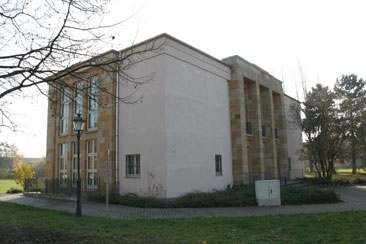 kulturhaus sachsenwerk in dresden als typisches betriebskulturhaus der ddr gebaut 1951. Black Bedroom Furniture Sets. Home Design Ideas