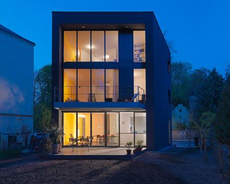 neue dresdner architektur im ersten jahrzehnt des 21 jahrhundert. Black Bedroom Furniture Sets. Home Design Ideas
